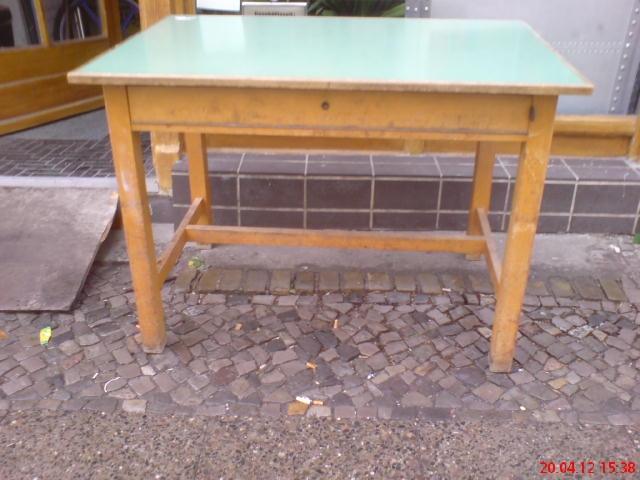 c5 alter schultisch k chentisch arbeitstisch massivholz schreibtisch gebraucht ebay. Black Bedroom Furniture Sets. Home Design Ideas